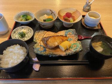 今日のランチは天久で和食
