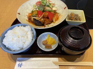紺の日替わりランチ「鶏と野菜の甘酢あんかけ」